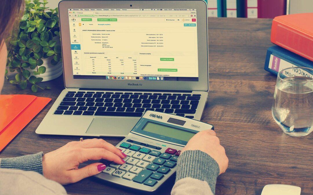 Finanční účetní